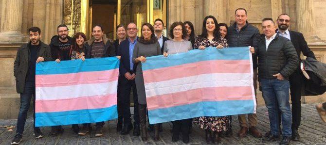Podemos considera que las ideas homófobas de María Elósegui no tienen cabida en la nueva ley de igualdad, reconocimiento a la identidad de género y derechos de las personas transexuales de La Rioja.